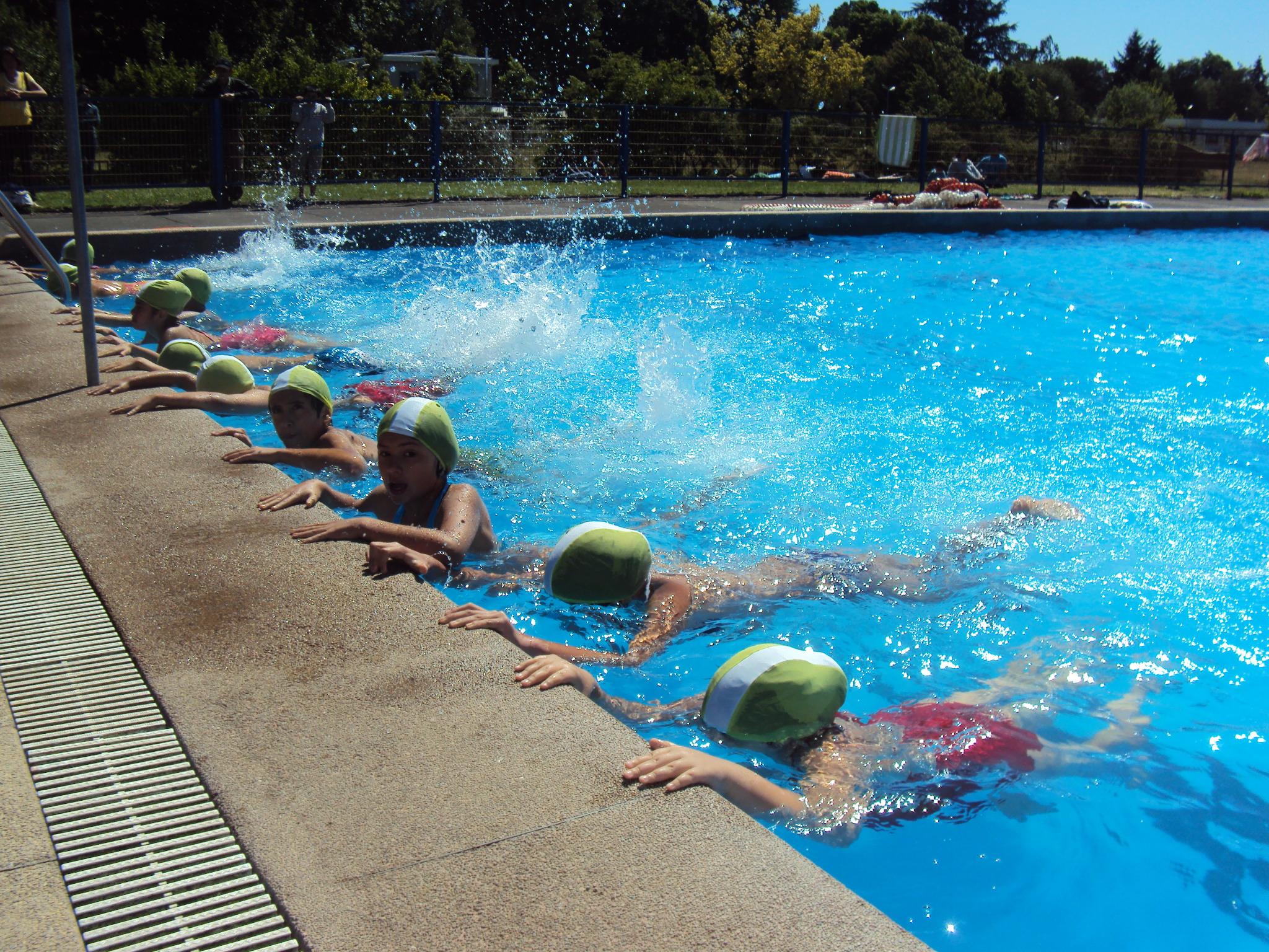 Objetivos y planificacion actividades acuaticas y los for Ejercicios en la piscina
